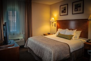 Room - Candlewood Suites New Iberia