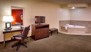 Suite - Holiday Inn Express Hotel & Suites Mesquite