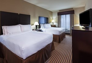 Room - Holiday Inn Express Hotel & Suites Brady