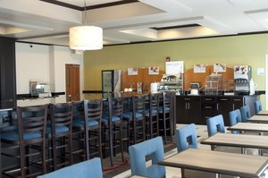 Restaurant - Holiday Inn Express Hotel & Suites Ankeny