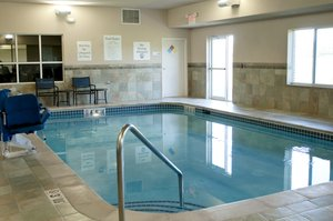 Pool - Holiday Inn Express Hotel & Suites Ankeny