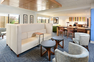Lobby - Holiday Inn Express Hotel & Suites I-40 Durham
