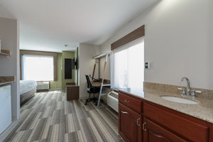 Suite - Holiday Inn Express Notre Dame South Bend