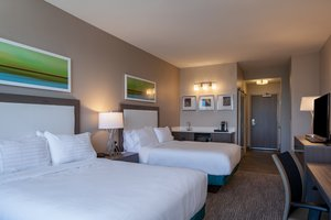 Suite - Holiday Inn Medical Clinic Cleveland