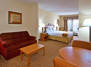 Suite - Holiday Inn Express Hotel & Suites Spring Hill