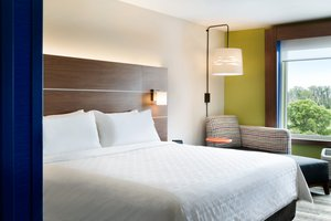 Room - Holiday Inn Express North Wilmington