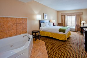 Suite - Holiday Inn Express Hotel & Suites West Orlando