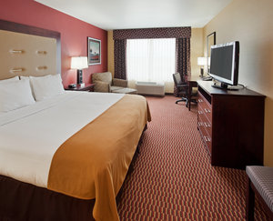 Room - Holiday Inn Express Hotel & Suites Airport Great Falls
