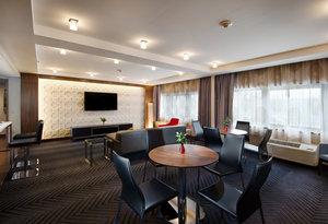 Room - Crowne Plaza Hotel Plainsboro