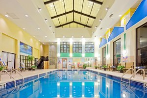 Pool - Crowne Plaza Hotel Englewood