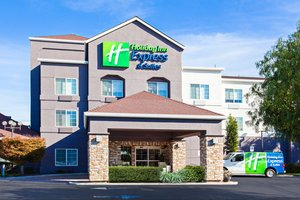 Exterior view - Holiday Inn Express Hotel & Suites Oakland