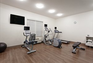 Fitness/ Exercise Room - Holiday Inn Express Hotel & Suites Oakland