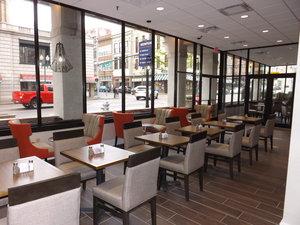Restaurant - Holiday Inn Select Downtown Memphis