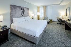 Room - Crowne Plaza Hotel Astor New Orleans