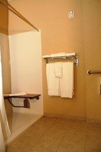 Room - Holiday Inn Express Hotel & Suites Delmar