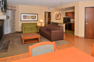 Suite - Holiday Inn Express Hotel & Suites Washington
