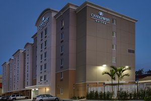 Exterior view - Candlewood Suites Airport Miami