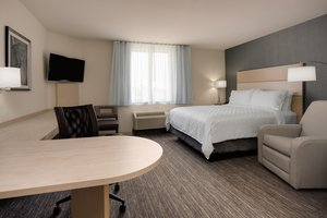 Room - Candlewood Suites Airport Miami