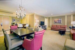 Suite - Crowne Plaza Hotel Warwick