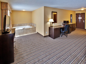 Suite - Holiday Inn Express Hotel & Suites Council Bluffs