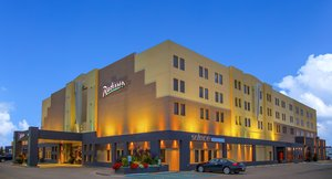 Exterior view - Radisson Hotel Red Deer