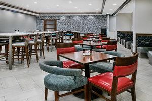 Restaurant - Holiday Inn Hotel & Suites College Station