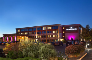 Exterior view - Crowne Plaza Hotel Woburn