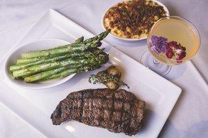 Restaurant - MGM Excalibur Hotel & Casino Las Vegas