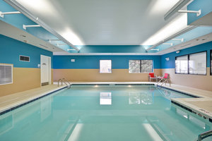 Pool - Holiday Inn Express Hotel & Suites East Evansville