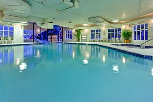 Pool - Holiday Inn Express Hotel & Suites Airdrie