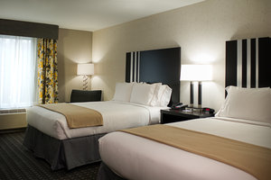 Room - Holiday Inn Express Hotel & Suites Central Madison