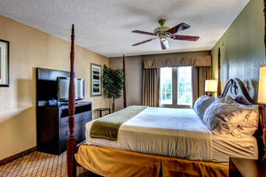 Room - Holiday Inn Express Hotel & Suites Wallace