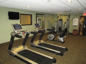 Fitness/ Exercise Room - Staybridge Suites Bowling Green