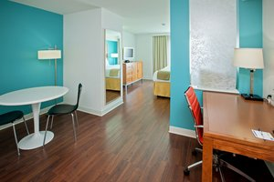 Room - Holiday Inn Express Fishers