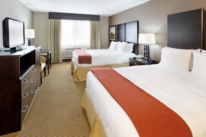 Room - Holiday Inn Express Hotel & Suites Canyonville