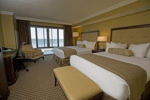 Room - Edgewater Hotel Madison