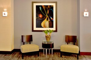 Lobby - Holiday Inn Express Hotel & Suites Largo