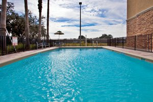 Pool - Holiday Inn Express Hotel & Suites Largo