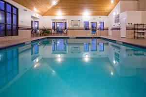 Pool - Staybridge Suites Maple Grove