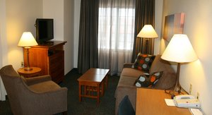 Suite - Staybridge Suites Maple Grove