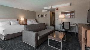 Suite - Holiday Inn University Plaza Evanston