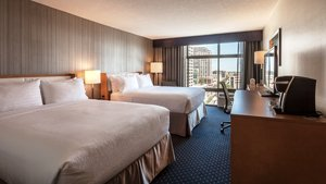 Room - Holiday Inn University Plaza Evanston