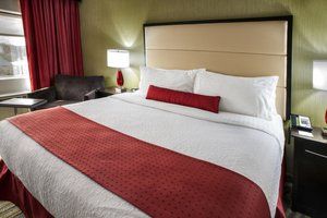 Room - Holiday Inn Philadelphia Bensalem