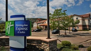 Exterior view - Holiday Inn Express Hotel & Suites Littleton