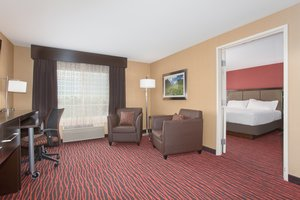 Room - Holiday Inn Airport Colorado Springs