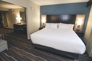 Room - Holiday Inn Express Hotel & Suites Downtown Chattanooga