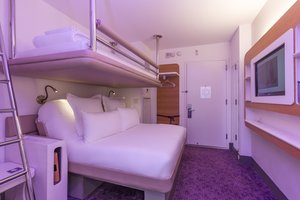 Room - YOTEL San Francisco Hotel Civic Center