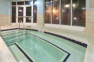 Pool - Holiday Inn Manahawkin