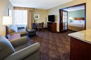Suite - Holiday Inn Fairmont