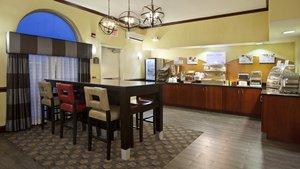 Restaurant - Holiday Inn Hotel & Suites West Allentown